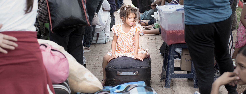 Refugiados y migrantes de Venezuela en la ciudad brasileña de Pacaraima en la frontera con Brasil.