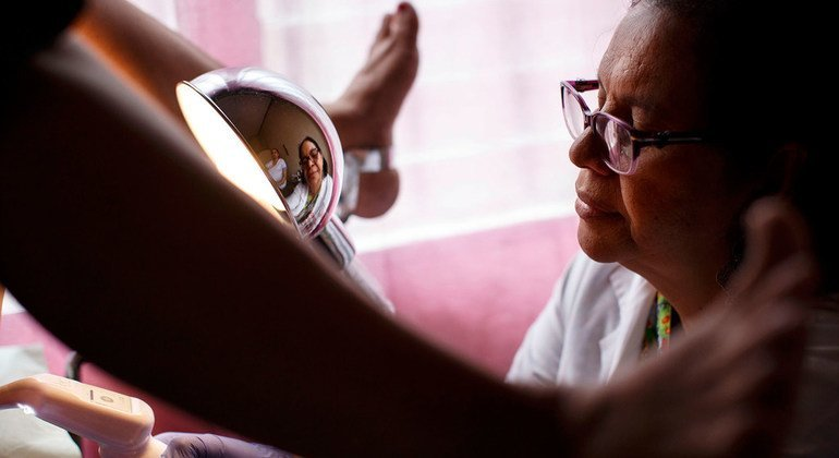 Los exámenes periódicos son fundamentales para poner fin al cáncer cervicouterino.