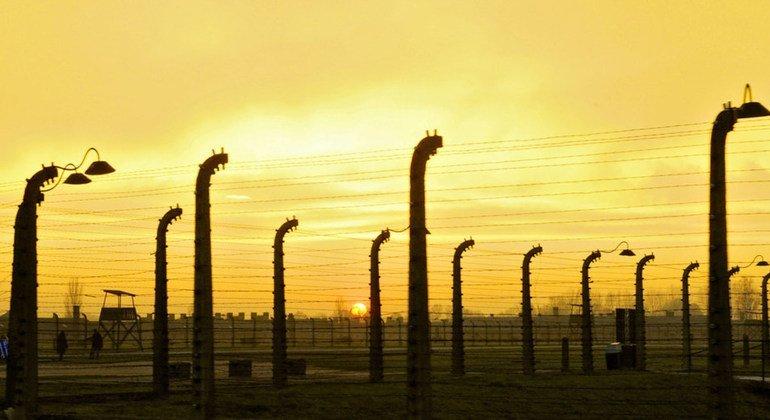 Мемориал на месте концлагеря Аушвиц-Биркенау в Освенциме. Этот лагерь смерти - один из символов Холокоста.