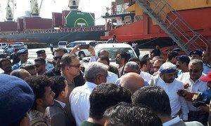 Meeting at Hudaydah Port, Yemen. (file)