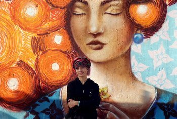شاركت مجموعة من الفنانات الشابات في عمل فني في مدينة غواتيمالا، دعما لهيئة الأمم المتحدة للمرأة وحملة القضاء على العنف ضد النساء. ديسمبر 2018