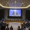 Martin Griffiths (on screen), Special Envoy of the Secretary-General for Yemen, briefs the Security Council on the situation in Yemen.  9 January 2019.