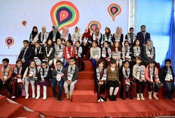 تكريم طلبة المدارس بجائزة أفضل رسمة حول حقوق الإنسان في غزة