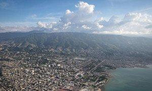 Vista aérea de Puerto Príncipe, capital de Haití.