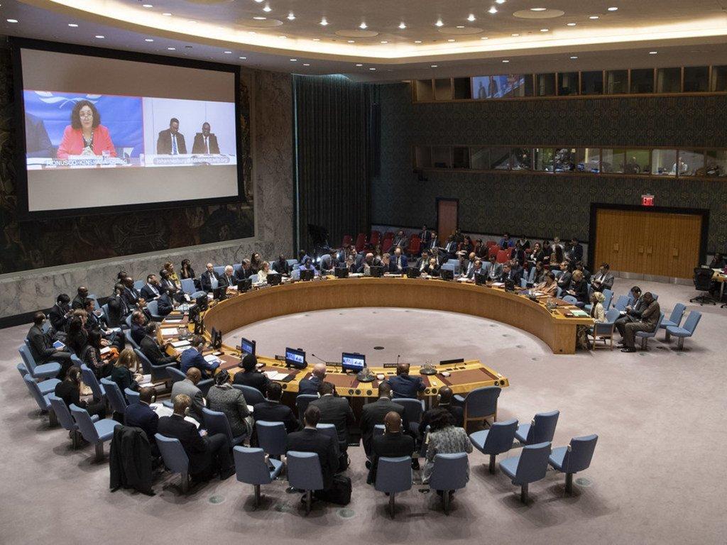 Leila Zerrougui (sur l'écran à gauche), la Représentante spéciale du Secrétaire général pour la RDC, fait un exposé devant le Conseil de sécurité le 11 janvier 2019.