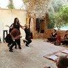 Una representación teatral interactiva en el Centro Cultural y de la Lectura de Jbeil, el Líbano, pone de relieve los efectos de la violencia contra las mujeres.