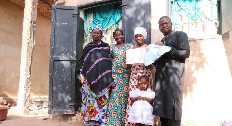 FROM THE FIELD: Free tutorials in Mali, 'a life-saver' for Fatouma