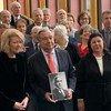 La cérémonie du souvenir de l'Holocauste au siège de l'ONU à New York en janvier 2019. A gauche, Alison Smale, Secrétaire générale adjointe des Nations Unies à la communication globale, à côté du Secrétaire général de l'ONU, António Guterres.