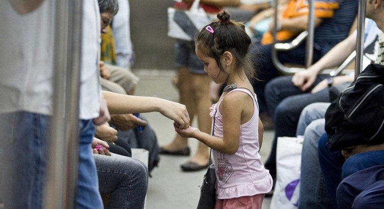 Muchos Estados aún no garantizan los derechos fundamentales de los niños