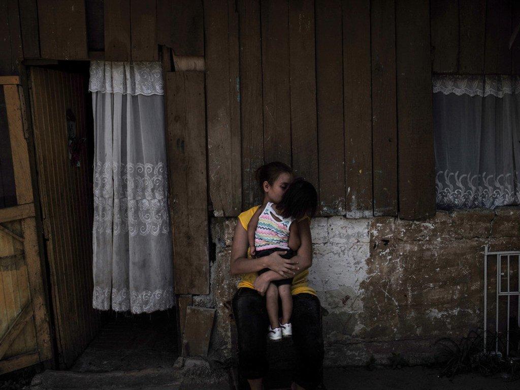 La criminalité, la violencee des gangs et la pauvreté au Honduras poussent des enfants et leurs familles à risquer leur vie en dehors du pays pour un avenir meilleur.