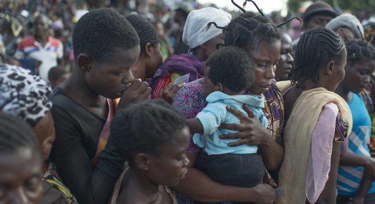 Congoleños desplazados por la violencia en la provincia de Kalemie, en la República Democrática del Congo.