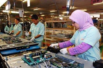 Fechamento de empresas afeta 81% da força de trabalho global de US$ 3,3 bilhões.