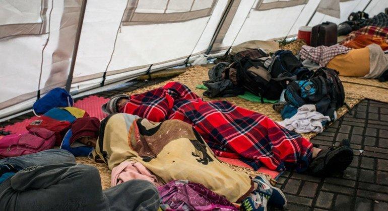 La Unión Europea y la Cruz Roja asisten a miles de venezolanos migrantes en todo América Latina.
