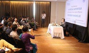 2019年1月25日,联合国缅甸人权状况特别报告员李亮喜在结束对孟加拉国和泰国的访问后向媒体发表讲话。