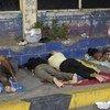 Refugiados y migrantes venezolanos duermen en la estación de autobús de Maicao, Colombia. Es muy inseguro y están expuestos a robos, asaltos y violaciones. Septiembre 2018