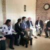 منسق الأمم المتحدة للشؤون الإنسانية، ومديرة عمليات الأونروا في الضفة الغربية، ورئيس مكتب الأمم المتحدة لحقوق الإنسان في الأرض الفلسطينية المحتلة، والمديرة القطرية في المجلس النرويجي للاجئين، يزورون أسرة الصباغ في منزلها في القدس الشرقية.