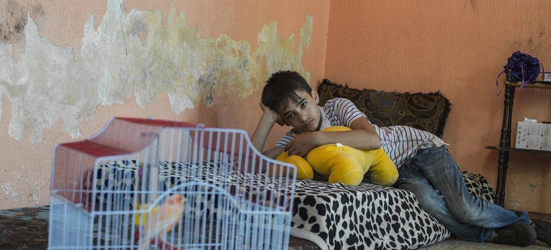 El niño sirio que encarna el papel protagonista de Capernaum, Zain Al Rafeea, preparándose para su reasentamiento en Noruega