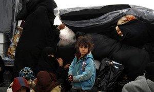 Criança no acampamento de Al Hol, na Síria, que recebeu milhares de pessoas em poucos dias