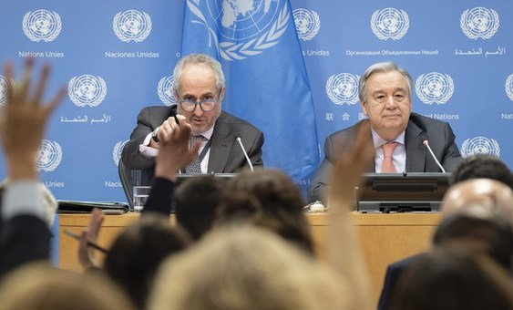 Press conference by the Secretary-General António Guterres (right) on 18 January 2019, with his spokesperson Stéphane Dujarric (left).