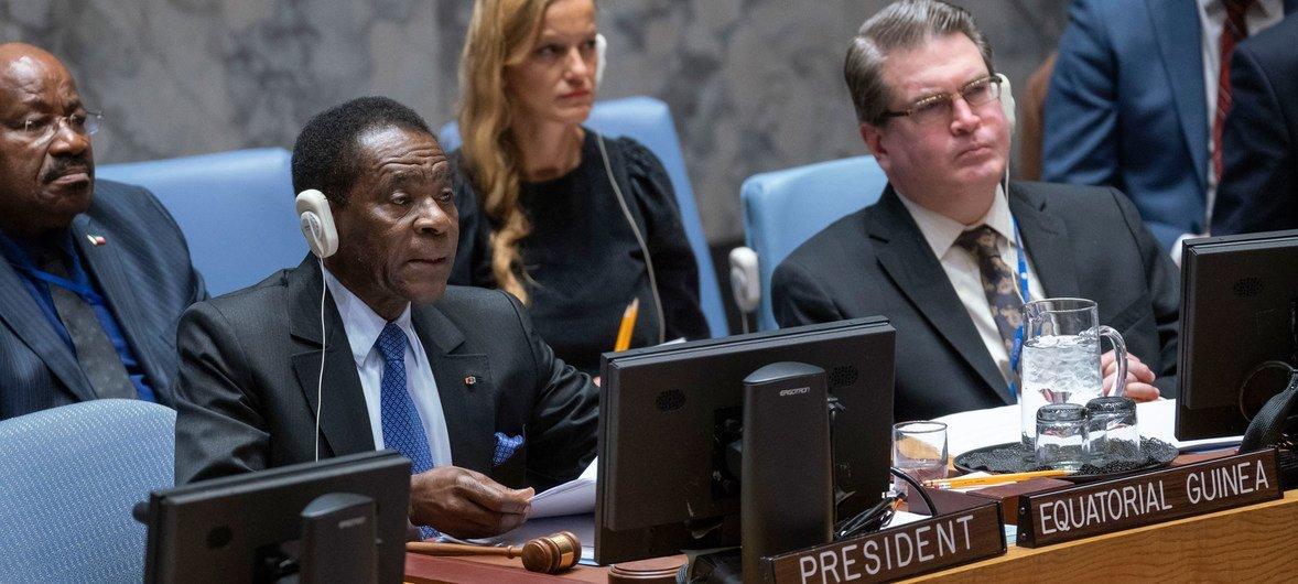 赤道几内亚总统姆巴索戈亲自主持了安理会有关雇佣军对非洲和平与稳定造成的影响的会议。
