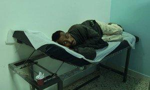 Этому больному – беженцу из Судана – повезло. Благодаря Управлению ООН по делам беженцев он получает лечение от туберкулеза.