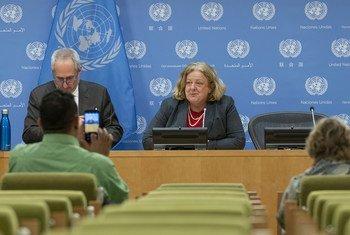 ماريا ريبيرو منسقة الأمم المتحدة للشؤون الإنسانية في ليبيا تتحدث في مؤتمر صحفي في مقر الأمم المتحدة بنيويورك.
