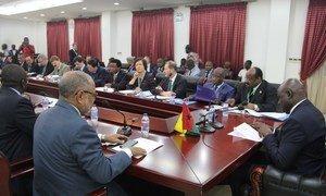 O primeiro-ministro da Guiné-Bissau no encontro com os membros do Conselho de Segurança em Bissau.