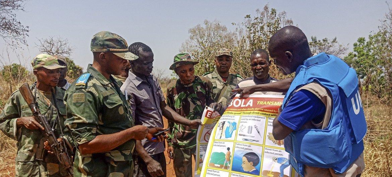 Os movimentos frequentes entre os dois lados da fronteira, em busca de alimentos, fazem com que as autoridades estejam atentas a qualquer avanço da doença.