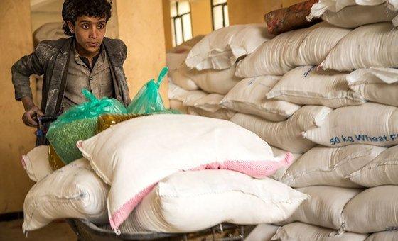 O PMA está fornecendo assistência alimentar para aqueles que precisam urgentemente de apoio no Iêmen que emergiu como uma das piores crises de fome do mundo.