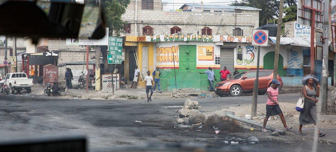 三天的暴力示威活动后,海地首都的街头人很少。(2018年资料图片)