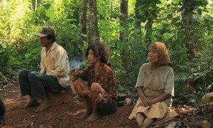Indígenas guaraníes de la comunidad Mbya, en Paraguay