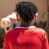Mebratu, surnommé 'Tanki' par ses amis, est un garçon érythréen de 16 ans. La musique est l'une de ses plus grandes passions.