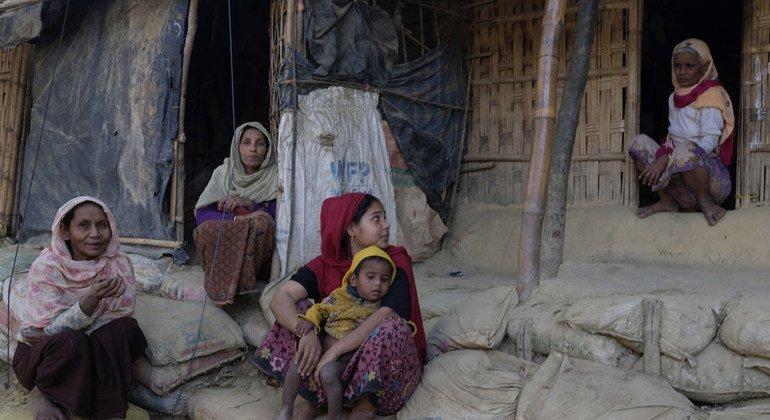 Refugiados rohinyás que huyeron de Myanmar a Bangladesh.