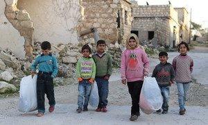 O longo conflito está também a impulsionar a maior crise de refugiados do mundo. Existem mais de 5,6 milhões de refugiados sírios.