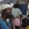 Mwanamke mkazi wa Wau Shilluk Sudan Kusini, mji ambao umeharibiwa na mapigano yaliyosambaratisha makazi, shule na hospitali.