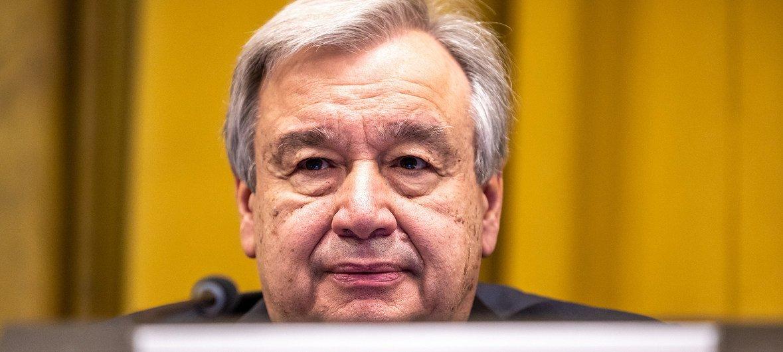 Le Secrétaire général des Nations Unies, António Guterres, prend la parole lors de la Conférence du désarmement, dans la Salle du Conseil du Palais des Nations à Genève le 25 février 2019.