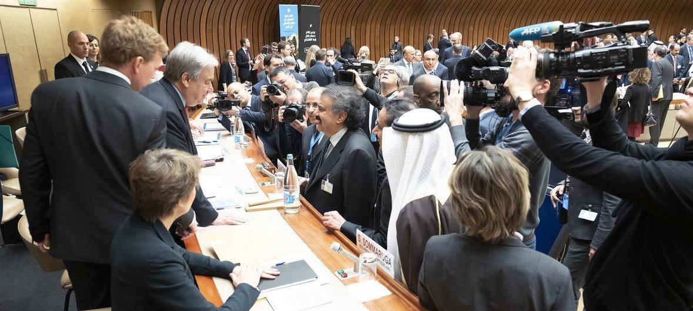 الأمين العام للأمم المتحدة أنطونيو غوتيريش خلال المؤتمر رفيع المستوى بشأن إعلان التعهدات من أجل اليمن في جنيف.