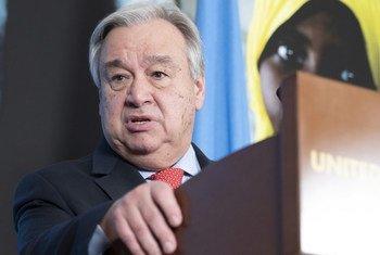O chefe da ONU apresentou as suas condolências às famílias e amigos das vítimas.