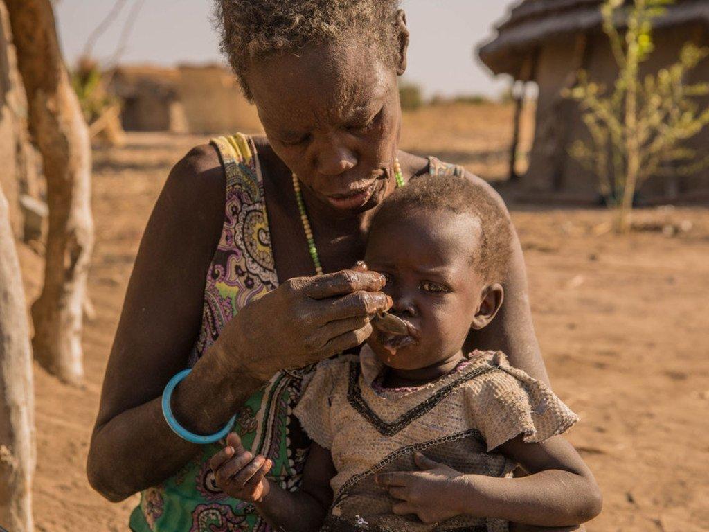 Au Soudan du Sud, la période de soudure a laissé de nombreuses familles sans nourriture et les mères se démènent pour survivre, Aweil, Sud-Soudan, janvier 2018.