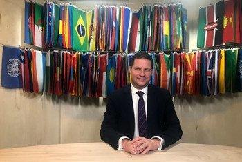 Mauricio Esteban Rodas, el alcalde de Quito, Ecuador, durante una entrevista con Noticias ONU.
