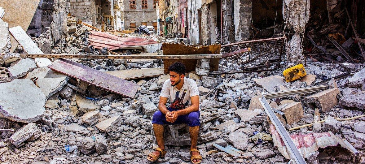 La ciudad de Aden, en Yemen, ha sido terriblemente bombardeada durante el conflicto.