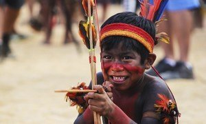 Os povos indígenas constituem apenas 5% da população mundial, mas são no entanto, gestores vitais do meio ambiente.