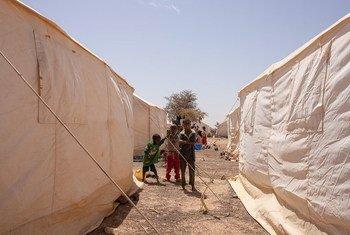 在布基纳法索的中北地区,族裔间暴力已导致超过10万人被迫流离失所。