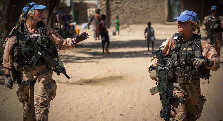 Женщины в рядах миротворцев ООН несут боевое держурство, осуществляют патрулирование территорий. Сотрудницы шведского миротворческого контингента в Мали, 2018 г.