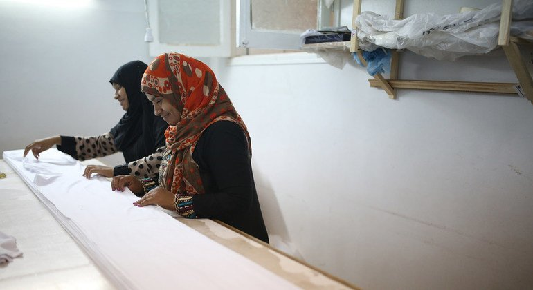 Trabajadoras de una fábrica de ropa interior en Egipto.