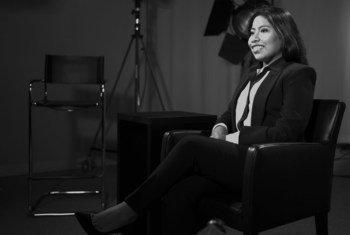 Yalitza Aparicio durante una entrevista en el estudio de televisión de la ONU en Ginebra.