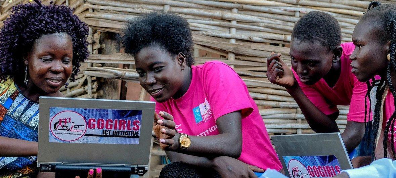 Wasichana na ICT huko Juba, Sudan Kusini.