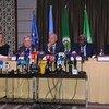利比亚问题四方3月30日在突尼斯举行高级别会议后举行了记者会。从左至右:欧盟外交和安全政策高级代表莫盖里尼(Federica Mogherini)、联合国秘书长古特雷斯、阿拉伯联盟秘书长阿布盖特(Ahmad Abulgheit),非洲联盟委员会主席法基(Moussa Faki),以及联合国利比亚事务特别代表萨拉梅(Ghassan Salamé)。