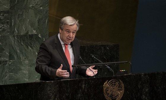 Secretário-geral das Nações Unidas falando na abertura da 63ª Sessão da Comissão sobre o Status da Mulher na sede da ONU em Nova Iorque.