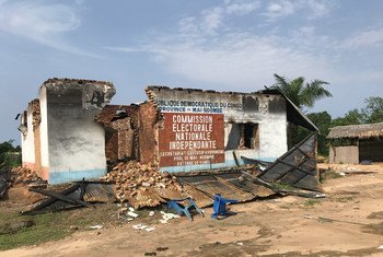 An Electoral Commission building in Yumbi town, that was partially destroyed during inter-communal violence in December 2018 (file)